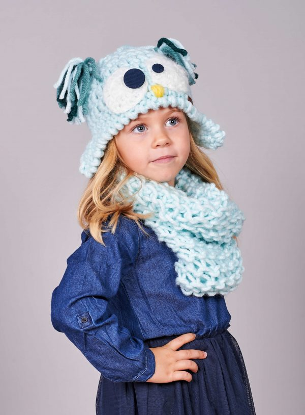 ПЛЕТКО детски комплект ръчно плетена шапка и яка
